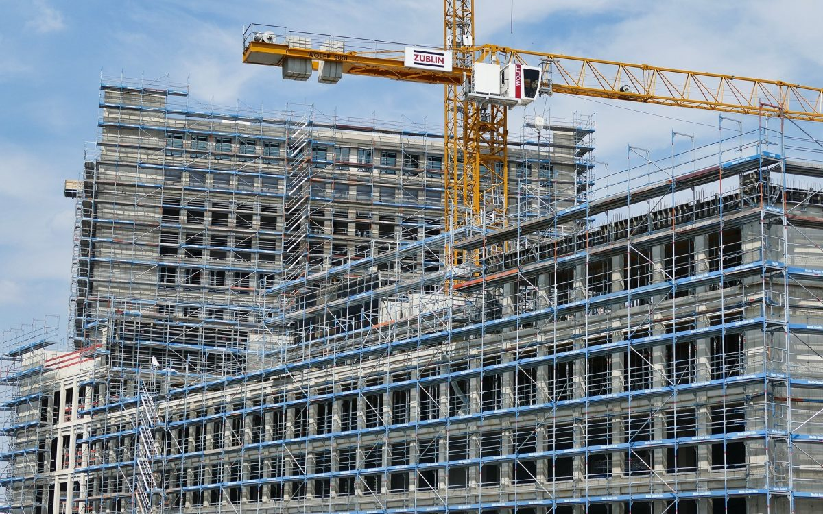 reliable scaffolding in the construction site